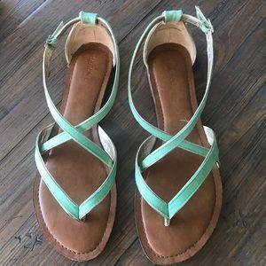 Merona size 9 mint green sandals